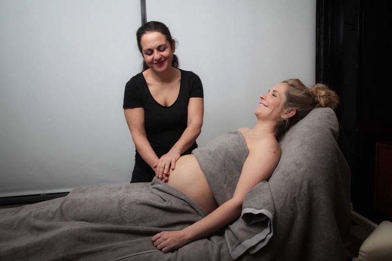 Pregnancy massage for complains